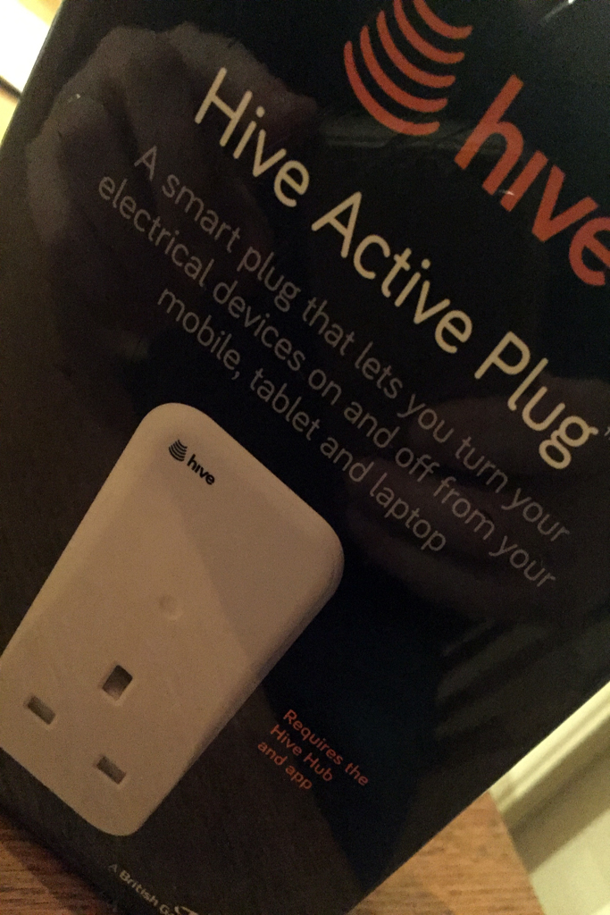 Hive Heating Control >> The Prairie Cottage Sheringham - Review of Hive Active Plug